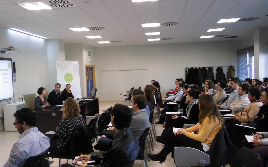 60 desempleados comienzan hoy la fase teórica del Plan de Formación de nuevos Profesionales en Comercio Exterior – FORMACOEX 2013