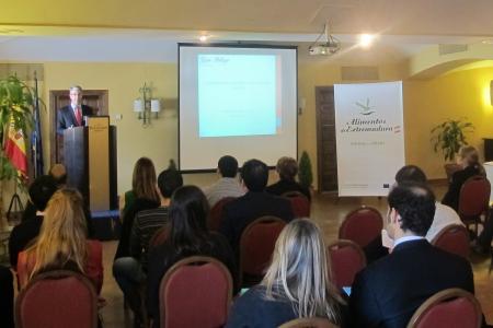 El Gobierno regional lanza la primera promoción de 'Alimentos de Extremadura' en la India