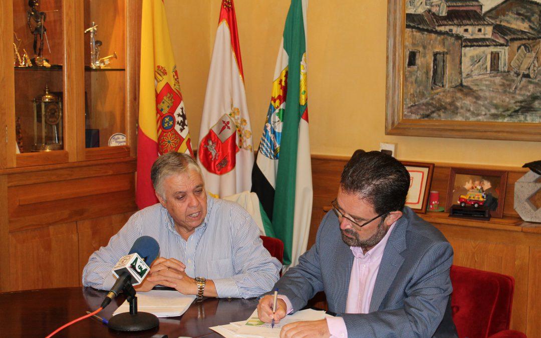 Miguel Bernal, Director General de Extremadura Avante, destaca el apoyo a proyectos con una línea social en su primera visita al tejido empresarial extremeño en Villafranca de los Barros.