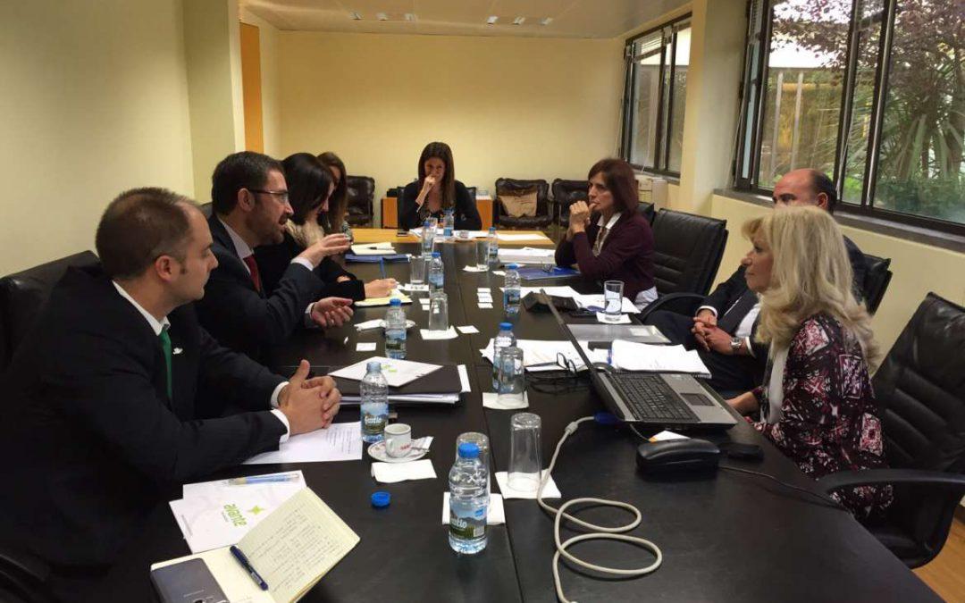 La Junta de Extremadura establece contactos y estrecha relaciones con entidades portuguesas de apoyo empresarial