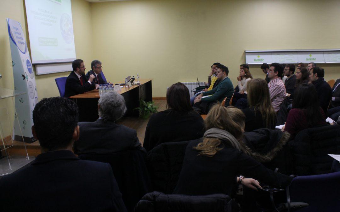 La Junta de Extremadura apuesta por la profesionalización, diversificación e internacionalización de las empresas en una jornada informativa en Avante