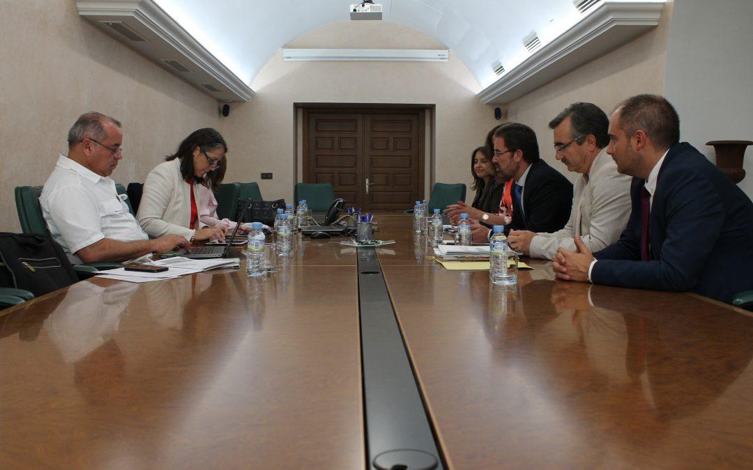 Badajoz será la sede de un seminario dedicado a las relaciones entre Costa Rica y Extremadura organizado por el CEXECI