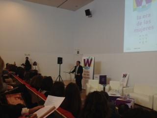 Fernández Vara apela a la lucha conjunta por la igualdad porque cuando más se avanza más queda por conseguir