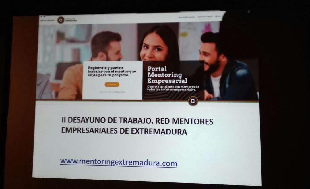 La Red de Mentores y Mentoras de Extremadura reúne a más de una veintena de empresarios en su segundo desayuno de trabajo