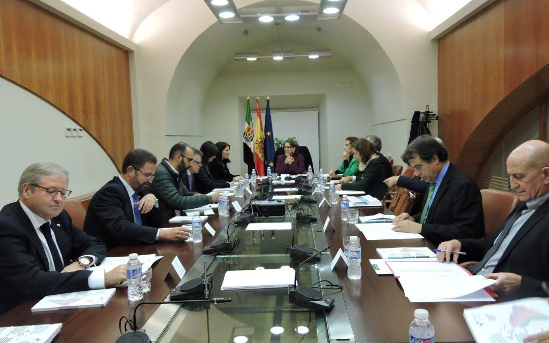 El presidente de la Junta y la Secretaria General Iberoamericana reafirman su compromiso de colaboración y acuerdan profundizar en el trabajo en común