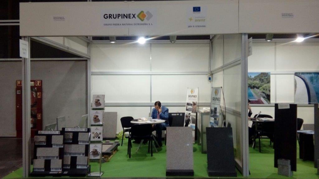 Extremadura Avante acompaña a empresas extremeñas en el Salón Internacional de Cerámica que se celebra en Valencia