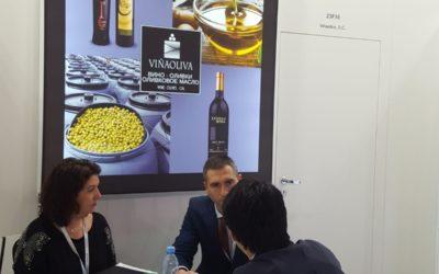 Empresas extremeñas establecen relaciones comerciales en el sector de la alimentación en Moscú