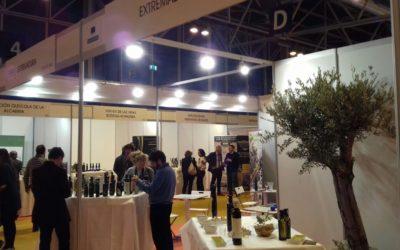 Una decena de empresas extremeñas participan en la World Olive Oil Exhibition en Madrid