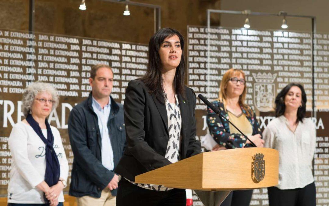 Artistas, programadores, empresarios y promotores musicales participan en Villafranca de los Barros en las Jornadas Profesionales de la Música
