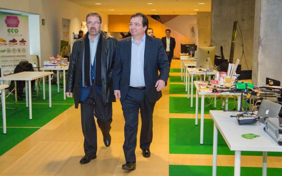 Fernández Vara aboga por la innovación y la investigación para el desarrollo de la región
