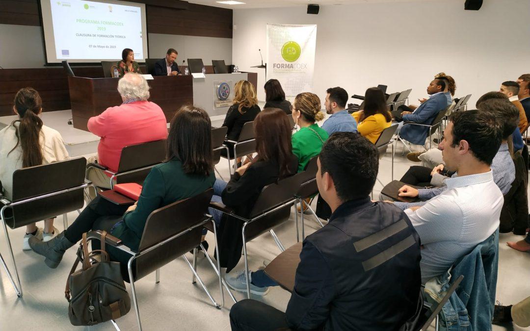 Abierto el plazo para solicitar una de las 40 plazas para la realización de prácticas de comercio exterior en Extremadura o en el exterior